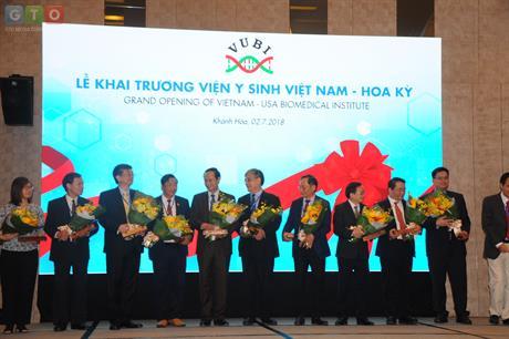 Lễ Khai trương Viện Y sinh Việt Nam - Hoa Kỳ 02/07/2018